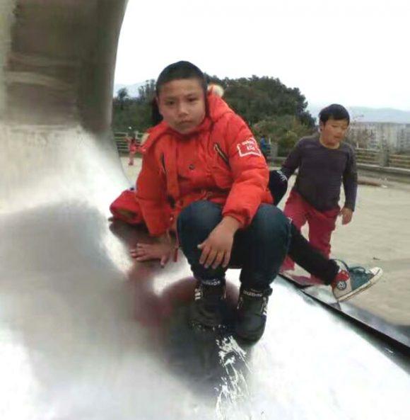 寻找在温州市龙湾东方学院离家出走的13岁小男孩牛鑫
